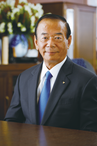 沖 隆邦 理事長 学校長 Takakuni Oki, Principal & Chairman of the Board
